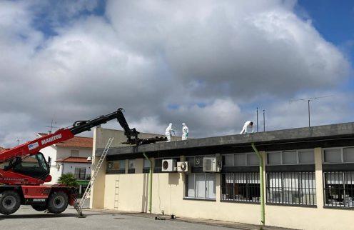 (Português) Município inicia substituição de coberturas em fibrocimento