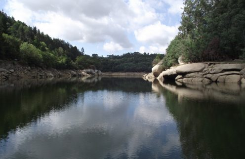 (Português) Descobrir Tábua: Por águas antes navegadas